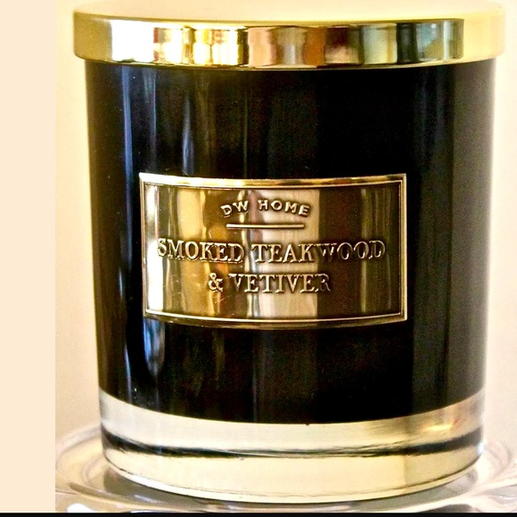 DW HOME CANDLE SMOKED TEAKWOOD VETIVER SCENTED
